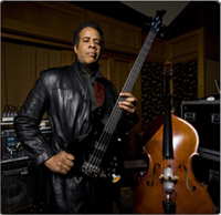 Stanley Clarke with the Spellbinder Black Sibling