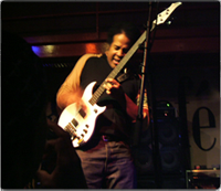 Stanley Clarke with the Spellbinder White Sibling